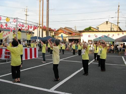 きらく会の盆踊り�A.JPG